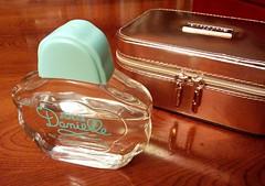 Danielle - Jolie (Gabriela Andrea Silva Hormazabal) Tags: perfumes perfume parfum eaudeparfum danielle jolie colonia bebe argentina buenosaires