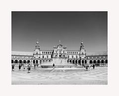 Sevilla 96 (BLANCA GOMEZ) Tags: spain sevilla seville andalucia andalusia light shadows mosaics silhouettes bw blackwhite plazadeespaña parquedemarialuisa anibalgonzalez exposicioniberoamericanade1929 heat hot
