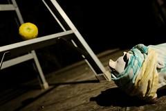 落としもの。 -じゅうにこめのお話し- (atacamaki) Tags: xt2 18mm f2 xf fujifilm jpeg撮って出し atacamaki walter ウォルター こぶた ぶた pig story 秋服 moon 柚子 満月 fullmoon