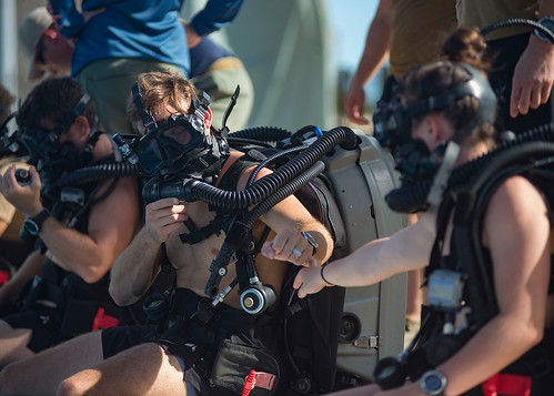 Sailors assigned to Explosive Ordnance Disposal Mobile Unit 5 participate in a closed-circuit rebreather certification course