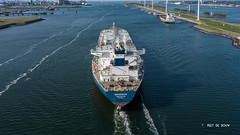 Seasprite (Peet de Rouw) Tags: seasprite tanker oil petrol europoort caland canal portofrotterdam outbound drone djimavicplatinum peetderouw aerial