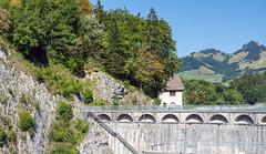 Dam Wall (Bephep2010) Tags: 2018 7markiii alpha châtelsurmontsalvens freiburg fribourg hügel prealps sel24105g schweiz sommer sony staumauer switzerland voralpen wald damwall forest hill summer ⍺7iii broc kantonfreiburg ch