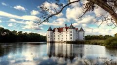 Schloss Glücksburg (petra.foto busy busy busy) Tags: glücksburg schloss wasserschloss schleswigholstein germany fotopetra architektur gebäude spiegelung reflexion