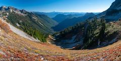 Pinnacle Saddle (Laura Jacobsen) Tags: mountains mtrainier mtrainiernationalpark washington