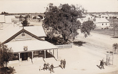 Post Office in Walgett, N.S.W. - early 1900s (Aussie~mobs) Tags: walgett vintage newsouthwales australia postoffice weewaastreet foxstreet aussiemobs