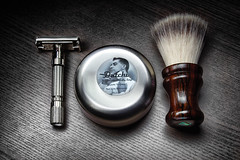 SOTD - Tuesday 23 October 2018 (chrisvanmeer) Tags: closeup contrast dark derazor detail dutchi flattop gilette jt lowkey macro productphotograhy safetyrazor shaveoftheday shavingbrush shavingsoap sotd syntheticbrush tto twisttoopen vintage wetshaving wood