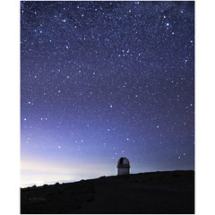 The question (Robyn Hooz) Tags: creta stelle skinakas cielo notte buio universo soli alone cupola dome observatory science horizon greece greci