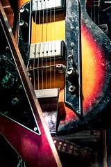Chelsea Guitars (Maria Eklind) Tags: greenwichvillages chelsea usa newyork building street us city chelseaguitars newyorkcity