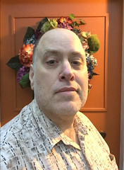 Day 2427: Day 237: At the door (knoopie) Tags: 2018 august iphone picturemail doug knoop knoopie me selfportrait 365days 365daysyear7 year7 365more day2427 day237