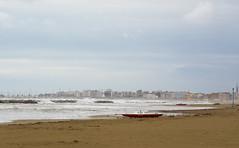 Spiaggia mattina hotel (berightbackblog) Tags: rimini romagna emiliaromagna italia italy mare streetart