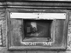 Feel safe at night. (Bennydorm) Tags: shape rectangular outofhours storage compartment strengthened tough strong robust metal octobre october iphone6s inghilterra inglaterra angleterre europe uk gb britain england cumbria furness ulverston secure financial banks bank urban safekeeping security savings deposit money banking facility wall nightsafe night safe mono