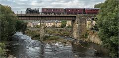 No 32. Trundling ............ (Alan Burkwood) Tags: elr brooksbottomviaduct hudswellclarke no 32 gothenburg steam locomotive riverirwell passenger train