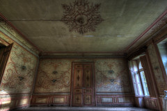 Into the wide (urban requiem) Tags: urbex urban exploration verlaten evrlassen abandonné abandoned abbandonato lost old decay derelict hdr 600d 816 sigma france chateau schloss castle fresque fresco