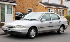 N658 PTG (Nivek.Old.Gold) Tags: 1996 ford mondeo 18 16v glx 5door