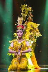 DAG_8940r (crobart) Tags: thousand hand bodhisattva eyes yate dance acrobatic team chinese china canadian national exhibition cne 2018 toronto