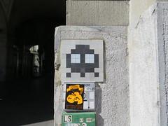Space Invader BRN_11 (tofz4u) Tags: bern berne suisse switzerland schweiz svizzera streetart artderue invader spaceinvader spaceinvaders mosaïque mosaic tile brn11 reactivated restauré spacerescueintl reactivationteam blanc noir black white