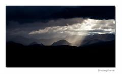 Paysage F8 Bd Sg Rd1 IMG_7988-3 (thierrybarre) Tags: collines rochers volcans terre nature sauvage sombre mystérieux nuages automne tempête pluie landscape mood paysage ambiance froid cévennes ardèche mézenc plateaux alpages mezenc