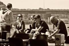 Meeting (Franco D´Albao) Tags: fujifilmfinepixhs50exr francodalbao dalbao gente people reunión meeting bouzas vigo puente bridge