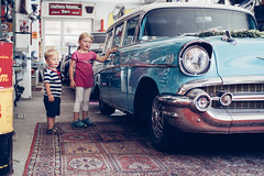 Chasing Cars (freundsport) Tags: omot baby child children flickr new free familie family boy girl kids light people sun street kinder outside outdoor childhood sony sony7m3 sony7iii love lovely photography childish cute sweet zeiss germany pretty detail sunlight car old chevrolet chevi oldtimer summer funny reflection