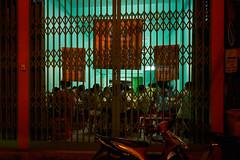 Bangkok, Thailand (srdjan s.) Tags: bangkok 2018 thailand night pattern street greenred restaurant people