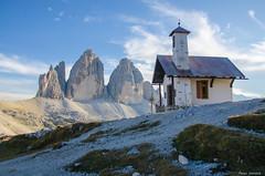 The chapel and three peaks (peter-goettlich) Tags: chapel tre cime di lavaredo d7000 nikkor outside mountains italy sexten nikon