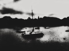 Cold afternoon in the bay (LUMEN SCRIPT) Tags: atmosphere mood france monochrome boat bay