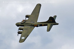 1840 Sally B (photozone72) Tags: dunsfold dunsfoldpark wingswheels aviation airshows aircraft airshow canon canon7dmk2 canon100400f4556lii 7dmk2 warbirds wwii sallyb b17 b17bomber usaf