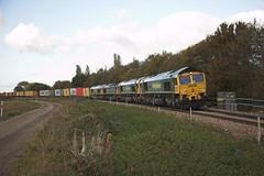 66533 at Trimley St Martin (tibshelf) Tags: trimley class66 66533 freightliner