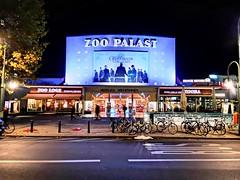 Zoo Palast (Berliner1963) Tags: street strase light licht night nacht moderne berlinale paulschwebes hardenbergstrase architektur architecture zoopalast lichtspieltheater cinema kino charlottenburg berlin germany deutschland