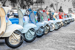 Lambretta mio amore (Maisiebeth) Tags: italy lambretta scooter bike rally display lake lakegarda salo