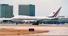 N4522V at LAX (USA) July 1984 (Scan) (chrysanyo) Tags: chinaairlines b boeing 747sp lax usa