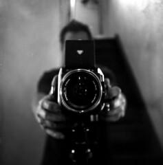 blurred sharpness (salparadise666) Tags: rolleiflex sl66 distagon 50mm fomapan 100 boxspeed caffenol rs 13min nils volkmer vintage slr square 6x6 medium format film analogue camera detail closeup bw black white monochrome