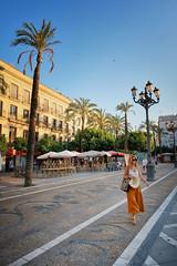 Post siesta in Jerez de la Frontera (Dan Haug) Tags: jerezdelafrontera siesta spain cádiz andalusia south palmtrees street fujifilm xh1 xf1655mmf28rlmwr xf1655mm