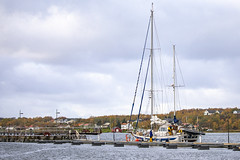 Seilbåt i havn (G E Nilsen) Tags: nordland norway brønnøy sailboat northernnorway norwegiancoast autumn
