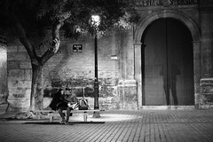 WHEN NOBODY SEE US (VICENTEPAYA8) Tags: black white valència torres de quart fujifilmxt2 across