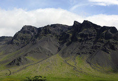 Le massif (bd168) Tags: landscape sky greenery trees mountain hill volcan volcano islande iceland xt10 xf27mmf28