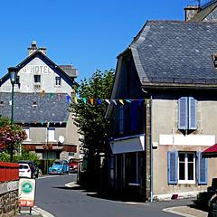 Cheylade, Cantal, France (pom'.) Tags: panasonicdmctz101 august 2018 d62 cantal auvergne auvergnerhônealpes massifcentral cheylade paysdegentiane murat saintflour 15 grandhôtel citroën2cv 2cv 100 200