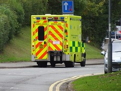 Ambulance, Maendy Way, West Pontnewydd, Cwmbran 4 October 2018 (Cold War Warrior) Tags: westpontnewydd ambulance cwmbran