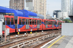 DLR 58 @ Poplar DLR station (ianjpoole) Tags: docklands light railway bombardier class b92 58 middle service from tower gateway beckton