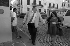 High Heel Expert (Eddie La Mole) Tags: calledelcristo sanjuancathedral oldsanjuan cobblestones blackandwhite streetphotography monochrome film 35mm canona1 fd28mm ilfordhp5 ilfotecddx