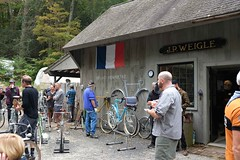 FFD 2018 (Shu-Sin) Tags: ffd 2018 ffd18 18 french fender day ct lyme jpw peter weigle bicycle bike velo ancien old vintage randonneur randonneuse touring 650b event gathering shed shop workshop flag france