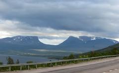 lapporten (helena.e) Tags: helenae norrland semester vacation älsa husbil motorhome rv sverige sweden lapporten abisko explore berg fjäll väg himmel sky moln cloud