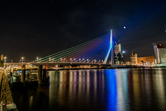 Erasmus bridge (Vuete) Tags: rotterdam holland netherlands exposure achitecture bridge maas canal river night nightscape evening colors city cityscape illuminated illumination building dutch water harbor port europe european street light
