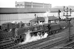 28/12/1963 - Leicester (North). (53A Models) Tags: britishrailways ivatt 2mt 262t 41228 standard 9f 2100 92089 steam leicesternorth signalbox leicester leicestershire train railway locomotive railroad
