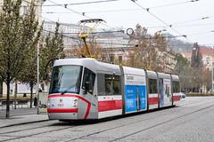 BRN_1923_201811 (Tram Photos) Tags: skoda škoda 13t brno brünn strasenbahn tram tramway tramvaj tramwaj mhd šalina dopravnípodnikměstabrna dpmb
