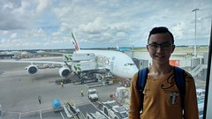 Emirates Airlines Airbus A380-800 with me! (Edward van Vliet) Tags: emirates airlines fly better airbus a380800 a380 huge massive aircraft comfortable silent wings amsterdam schiphol airport gate terminal arrival sky blue journey summer vacation lg g5 flight experience wonderful travel world traveler explorer clouds big airplane aviation engines 4 gp7200 engine alliance general electric pratt whitney fan blades me