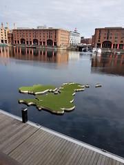 Weather Map (cn174) Tags: liverpool liverpoolgiants giants liverpoolsdream giantspectacular merseyside albertdocks canningdock dog xoxo babyboy littlegirl