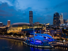 2K-IMG0591-20181006 (-syphrix-) Tags: esplanade architecture stage skyline building city cityscape night view arts marina bay singapore syphrix photography sight travel landscape photo picture asia scene south east colourful light evening river outdoor performance 2018