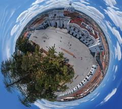 Tiny planet del centro de Popayán (José M. Arboleda) Tags: fotografíaaérea panorama panorama360 arquitectura edificio iglesia torre cúpula techo cielo nube calle carretera árbol montaña ciudad popayán colombia minidrone drone dji spark josémarboledac