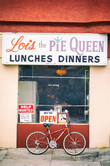 Lois the Pie Queen, Oakland, California (Thomas Hawk) Tags: bayarea california eastbay loisthepiequeen oakland sfbayarea us usa unitedstates unitedstatesofamerica westcoast bicycle bike restaurant emeryville fav10 fav25